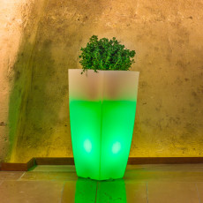 Monacis Vaso Luminoso STILO SQUARE TOP BRIGHT   LED MULTICOLOR CON BATTERIA H 90 CM